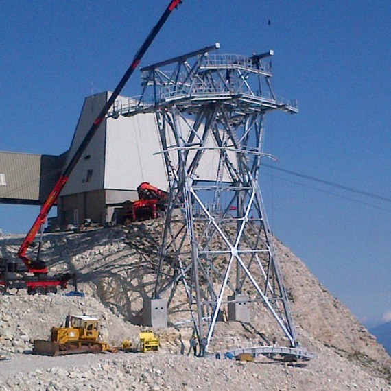 Cable support towers for the cableway Pic de Bure