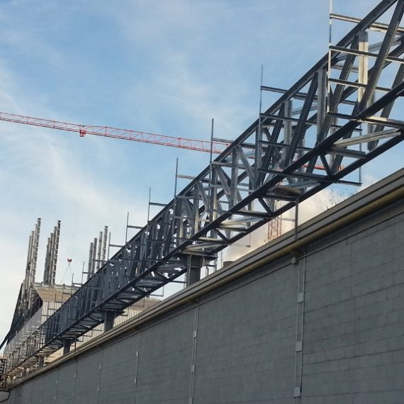 Steel structures for racks and accessory structures for the Plaxil plant 8